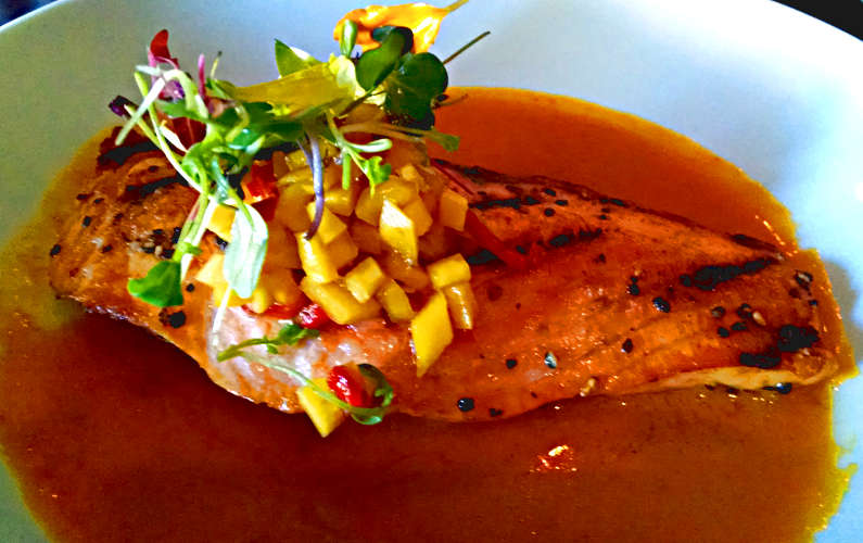 Indo's Salmon Curry