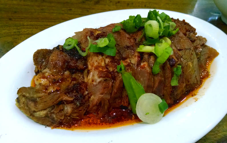 QQ Noodle's Beef with Hot Chili Garlic Sauce