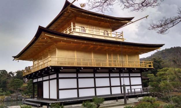 Visiting the Kyoto Golden Pavilion