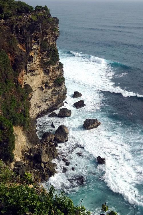 Cliff Uluwatu Temple Bali Tour 02