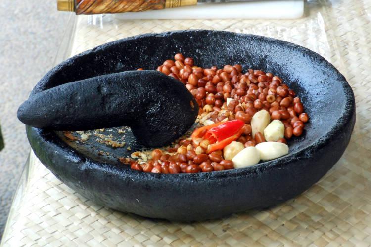 Mortar Paon Cooking Class Bali