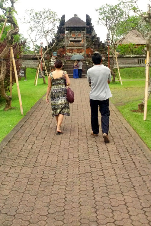 Nadia Pura Taman Ayun Bali Tour