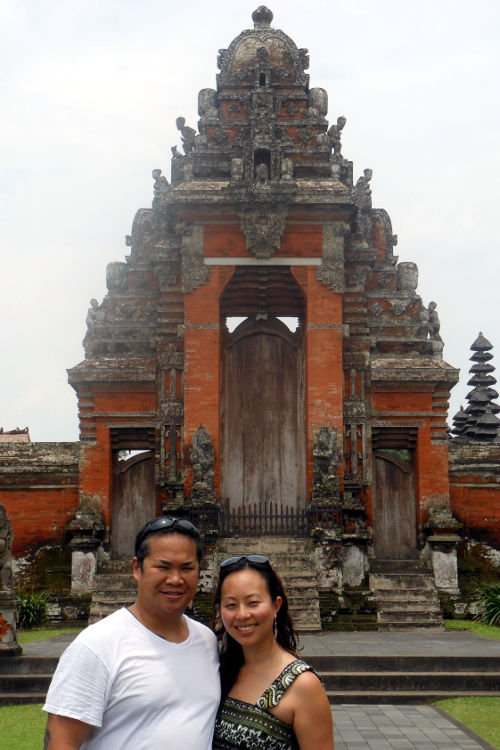 Nadia and JM Pura Taman Ayun Bali Tour