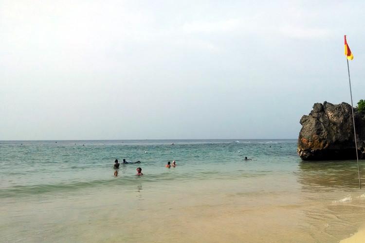 Padang Beach Bali Tour 02