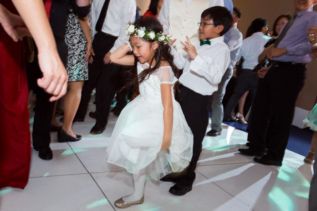 Dance floor shennaningans 03