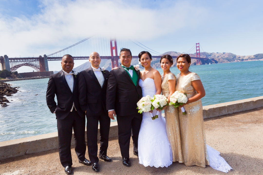 JM and Nadia with their entourage in front of the Golden Gate Bridge