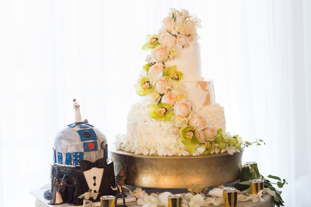 Nadia and JMs wedding flower cake and grooms Durian r2d2 cake