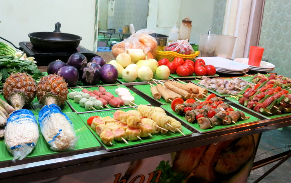 Hanoi Street Food Night Tour