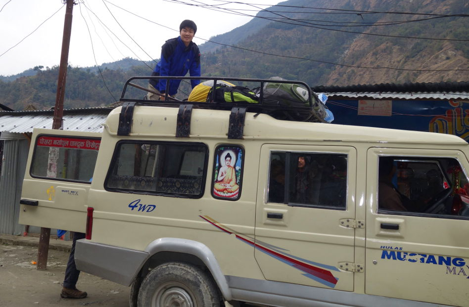 Loading up the 4x4 in Pokhara Nepal
