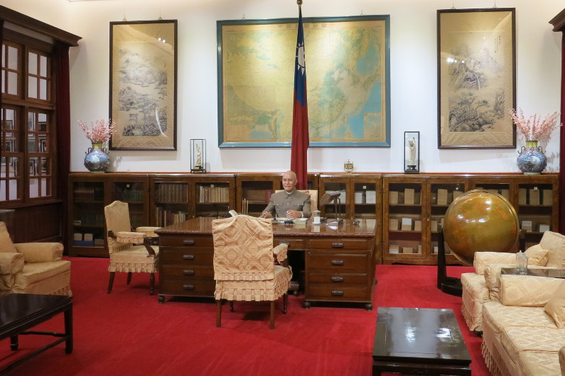 Replica of the Taiwanese Presidential Office at National Chiang Kai-shek Memorial Hall
