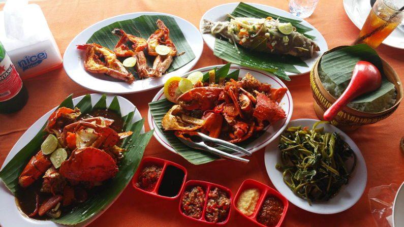 Seafood Lunch at Jimbaran in Bali