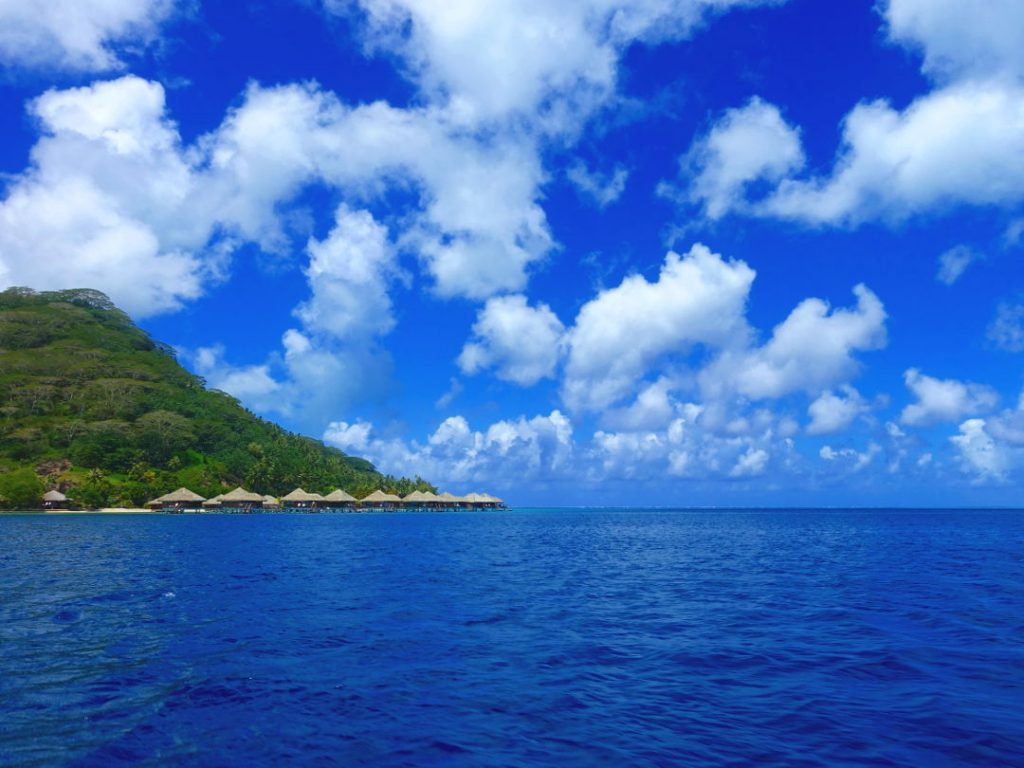 Over water suites in Huahine 02