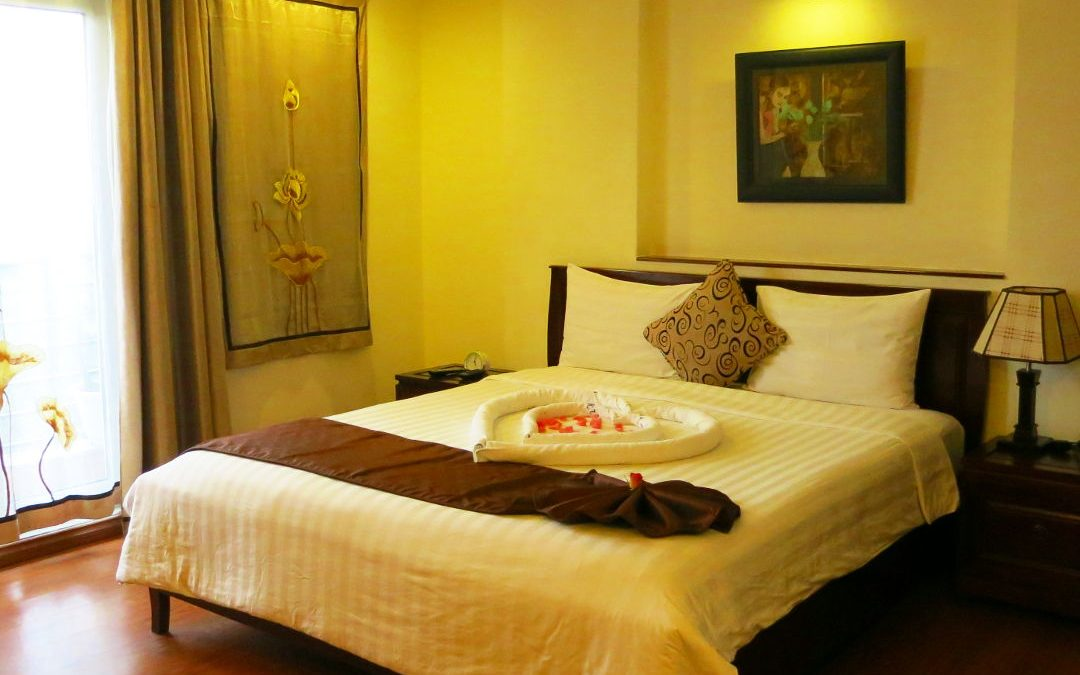 Staying at Hanoi's Charming 2 Hotel
