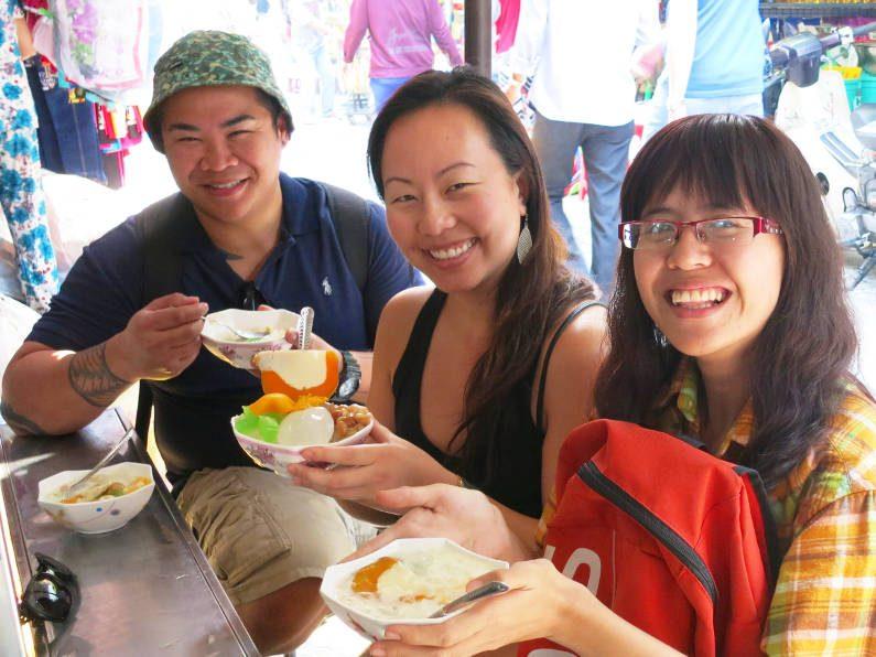 Nadia JM and Van Eatinag Quán Chè Campuchia Saigon