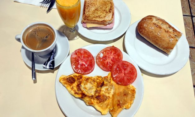 Start the Day at Cafetería Neila of Madrid