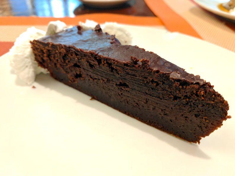 El Alambique Cake