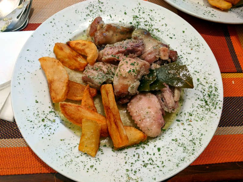 El Alambique Chicken Stew and Chips