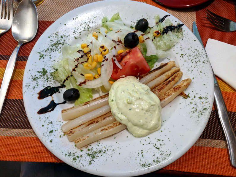 El Alambique Salad