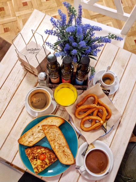 La Rollerie Breakfast
