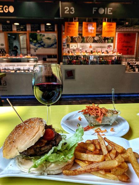 Mercado de San Antón Foie Burger and Wine Set