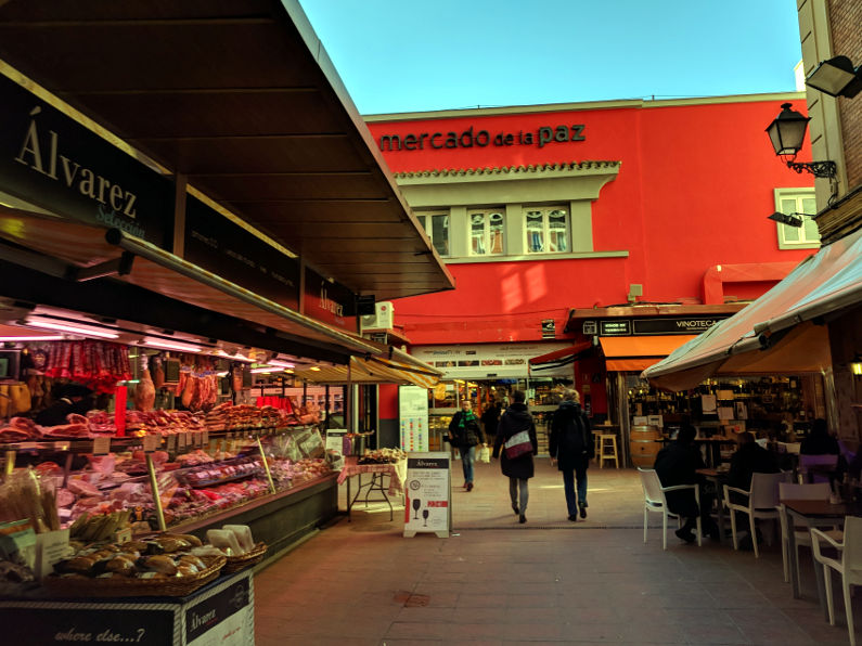 Biting into Mercado de La Paz and Madrid's History