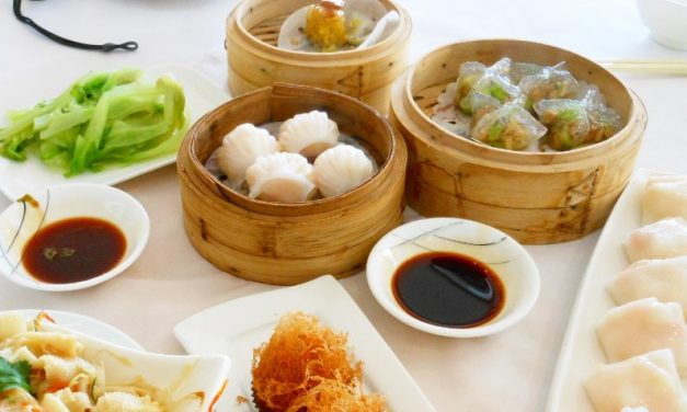 Eat Hong Kong Dim Sum at Dragon King Restaurant