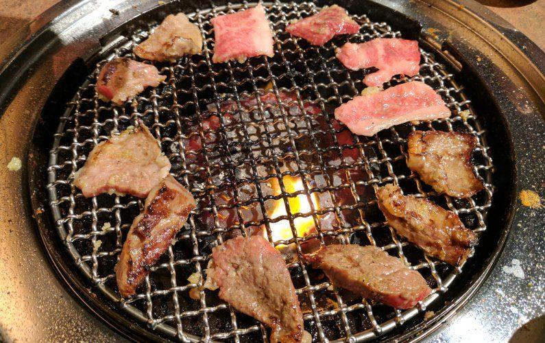 Grilling Wagyu Yakiniku Heijoen Singapore 02
