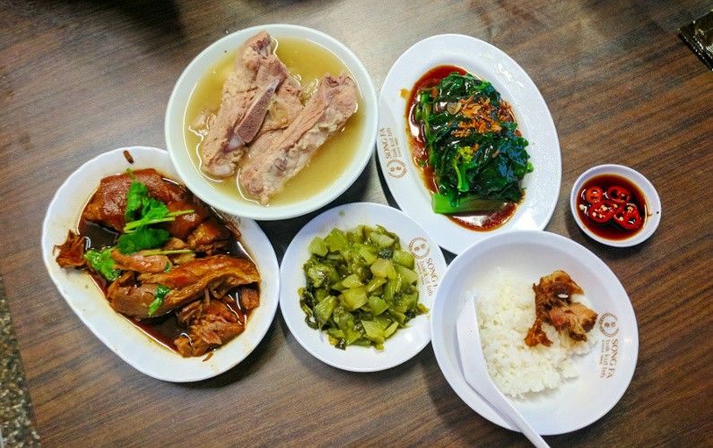 Eat Clarke Quay Pork Soup at Song Fa Bak Kut Teh