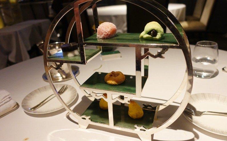 Snacks Yan Toh Heen Hong Kong China