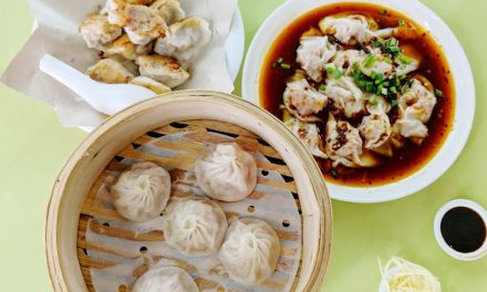 Eat Singapore XLB at Chinatown's Zhong Guo La Mian Xiao Long Bao