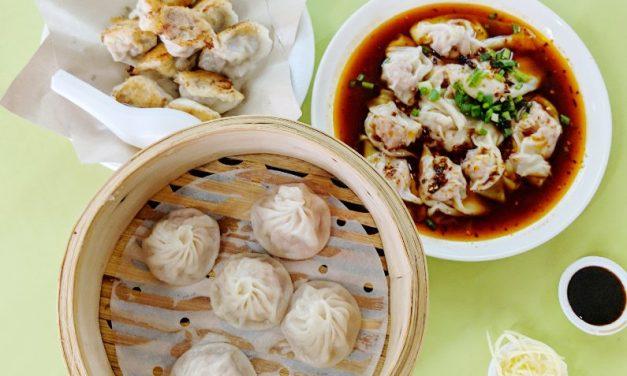 Eat Singapore XLB at Chinatown's Zhong Guo La Mian Xiao Long Bao