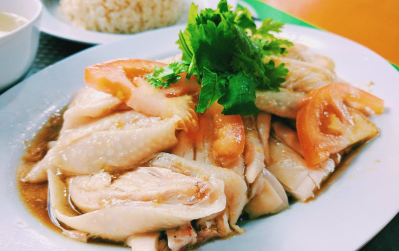 Eat Singapore Chicken Rice at Tong Fong Fatt