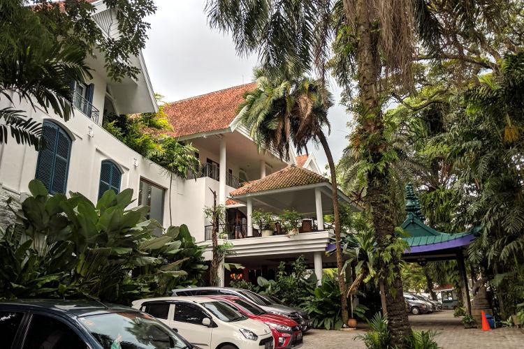 Front Tugu Malang Hotel Malang