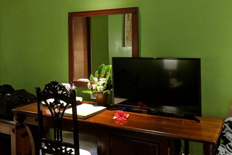 TV Tugu Malang Hotel Malang