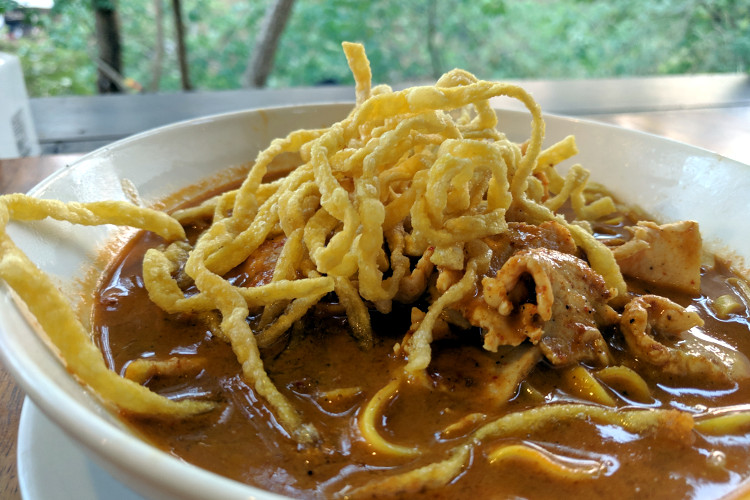 Magical Jungle Dining Experience at Phutawan Cafe