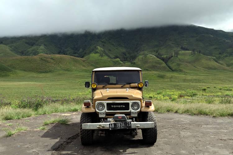 Jeep Bromo Savanna