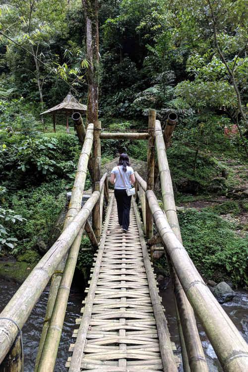 Nadia Air Terjun Coban Pelangi Waterfall 02
