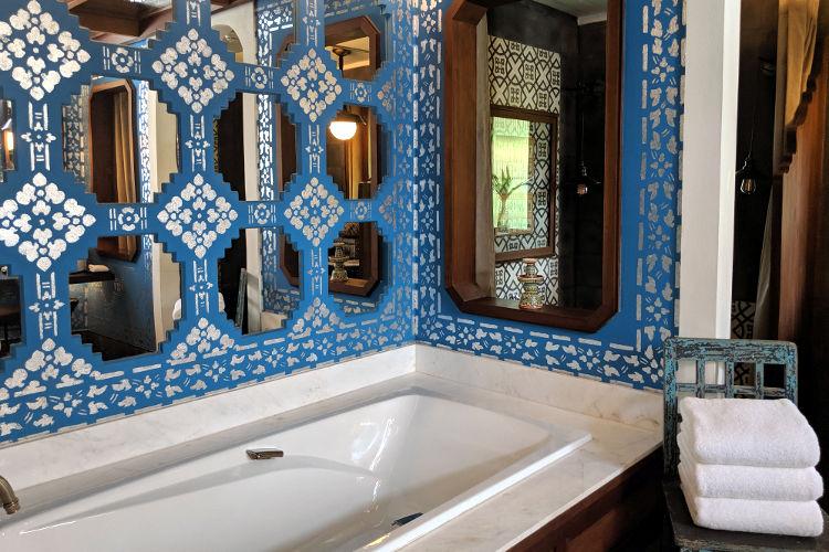 Bathtub at River Villa Rosewood Luang Prabang 2019